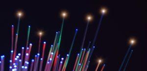 """Cabo de fibra óptica são fundamentais para a internet, embora seus benefícios sejam """"invisíveis"""""""